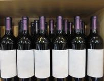 Primo piano delle bottiglie di vino Immagine Stock Libera da Diritti