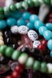 Primo piano delle perle di preghiera islamiche Fotografia Stock