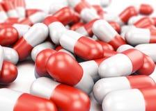 Primo piano delle pillole su fondo bianco 3d rendono i cilindri di image Fotografia Stock Libera da Diritti