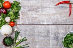 Primo piano delle verdure di recente selezionate Il concetto di un ristorante, verdure Immagini Stock Libere da Diritti