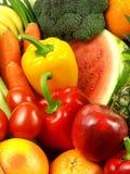 Primo piano delle verdure e delle frutta fresche e sugose Fotografia Stock Libera da Diritti