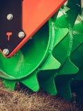 Primo piano dettagliato del macchinario agricolo dell'erpice di disco Fotografie Stock Libere da Diritti