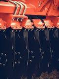 Primo piano dettagliato del macchinario agricolo dell'erpice di disco Fotografie Stock