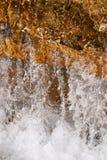 Primo piano di acqua commovente Fotografia Stock