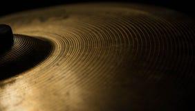 Primo piano di arresto del piattino di percussione dei tamburi Fotografia Stock Libera da Diritti