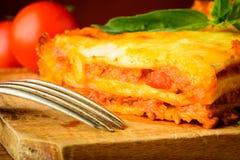 Primo piano di bolognese di lasagne Immagine Stock