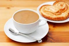 Primo piano di caffè con latte Fotografia Stock Libera da Diritti
