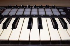 Primo piano di chiavi di tastiera del Midi Fotografia Stock Libera da Diritti