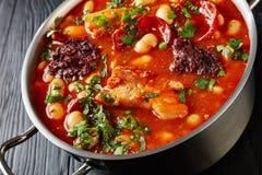Primo piano di Fabada caloroso Asturiana Bean Stew fotografia stock libera da diritti