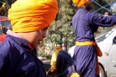 Primo piano di giovane bambino sikh Immagini Stock