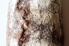 Primo piano di intero pane di lievito naturale del grano Immagine Stock Libera da Diritti