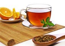 Primo piano di messa a punto del tè Immagine Stock Libera da Diritti