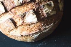 Primo piano di pane all'aglio crostoso Fotografie Stock Libere da Diritti