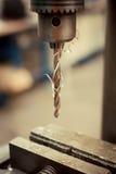 Primo piano di perforazione del metallo Immagine Stock Libera da Diritti
