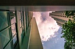 Primo piano di prospettiva dell'appartamento residenziale pubblico dell'alloggio di Singapore in Senja Immagini Stock Libere da Diritti