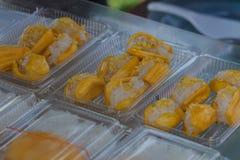 Primo piano di riso appiccicoso arrostito o di riso glutinoso immagine stock