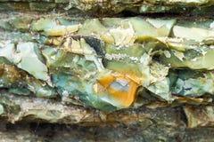 Primo piano di strati della selce cornea alla roccia dell'arcobaleno, Oregon immagini stock