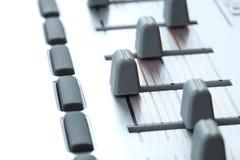 Primo piano di un regolatore del MIDI Immagini Stock Libere da Diritti