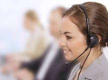 Primo piano di un representativ femminile di servizio di assistenza al cliente Immagini Stock Libere da Diritti