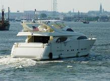 Primo piano di un yacht fotografia stock