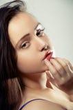 Primo piano di una giovane donna Fotografia Stock