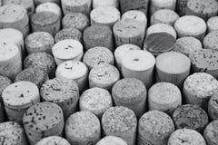 Primo piano di una parete dei sugheri usati del vino Fotografie Stock