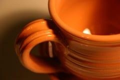 Primo piano di una tazza IV fotografie stock libere da diritti