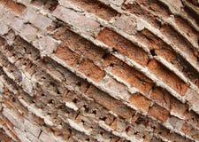 Primo piano di vecchia parete dei mattoni distrutti Immagini Stock Libere da Diritti