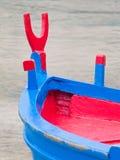 Primo piano estremo di una barca. Porto marittimo di Monopoli. A Immagini Stock