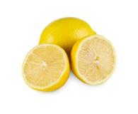 Primo piano giallo fresco del centro del limone isolato su fondo bianco Fotografia Stock