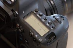 Primo piano moderno della macchina fotografica di DSLR Fotografia Stock