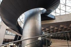 Primo piano moderno della scala a chiocciola del metallo Fotografia Stock