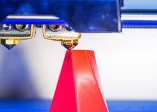 Primo piano moderno di stampa della stampante 3D Fotografie Stock Libere da Diritti