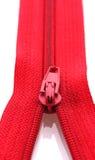Primo piano rosso della chiusura lampo Fotografie Stock Libere da Diritti
