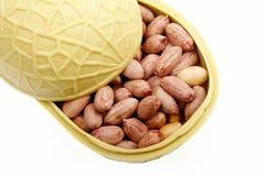 primo piano Sale-arrostito delle arachidi fotografia stock