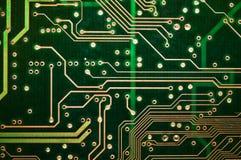 Primo piano verde astratto del PWB del circuito Fotografie Stock Libere da Diritti