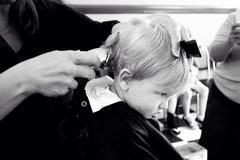 Primo taglio di capelli immagini stock libere da diritti