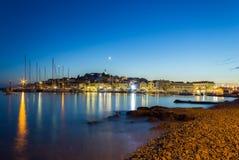 Primosten nocą, Chorwacja, na Adriatyckim morzu Obraz Royalty Free