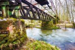 Primstalbahn的老铁路桥在Waldern附近的 库存图片