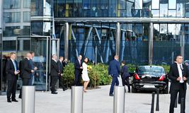 Prince William and Kate Middleton greeting crowds in Warsaw Royalty Free Stock Photos