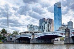 Princes Bridge et Melbourne CBD Image libre de droits