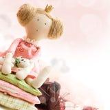 Princesa de la muñeca, materia textil y accesorio de costura Fotografía de archivo