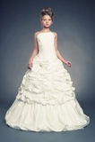 Princesa de la muchacha en el vestido de bola blanco Fotos de archivo libres de regalías
