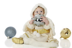 Princesa de la nieve con los bulbos de la Navidad Imagen de archivo libre de regalías