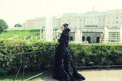 Princesa en el parque imágenes de archivo libres de regalías