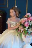 Princesa en un vestido blanco retro Fotos de archivo