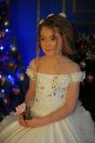 Princesa en un vestido blanco retro Fotos de archivo libres de regalías