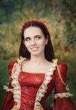 Princesa medieval hermosa Smiling Imagen de archivo libre de regalías