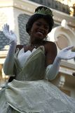 Princesa Tiana en el desfile de Disneyland foto de archivo libre de regalías