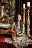 Princesse à côté du trône Photo libre de droits